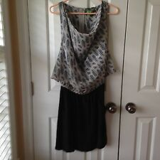 Women's Line & Dot Feather Print Dress. Size M.