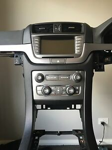 Programmed Ve Series 2 Iq Headunit Upgrade To Series 1 Berlina Calais Radio