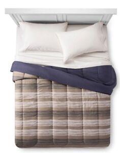 *NEW* Room Essentials Tan Stripe Reversible Blue Comforter Dorm Bed Twin XL