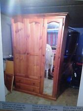 EXCELENT CONDITION TIMBER WARDROBE!!!!!!