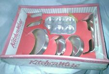 Chilton Globe Kitchen Ware Aluminum Play Set Miniature Dollhouse NIP Cake Pans