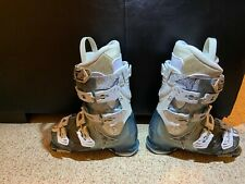 ATOMIC 90 WOMENS SKI BOOTS SZ 24.5 US 6.5 MINT NEVER USED