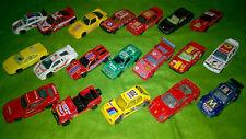 Lot de 19 voitures miniatures échelle 1/43 Burago Vintage