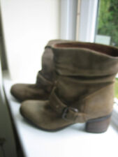 Clarks Nubuck Slouch Boots Size 5