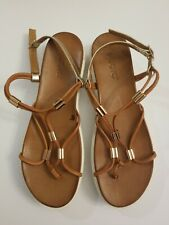 Miz Mooz Inuovo Leather Thong Strappy Brown & Gold Platform Sandals  Size 10 EUC