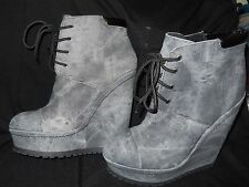 SPARKLE GRAY WEDGE HEEL HIP HOP SHOES BY XHILARATION SIZE 9