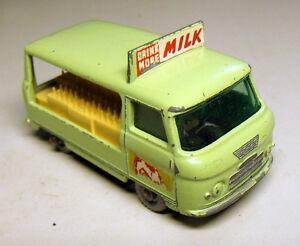 Matchbox Commer bottle float(21) milk van Moko Lesney Vintage.