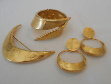 """ Mosell Golden Kid "" Designer Signed Set Parure Bracelet Textured Gold-tone arB"