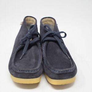 Clarks Men's Size 9 .5M Blue Suede Wallabee Boot