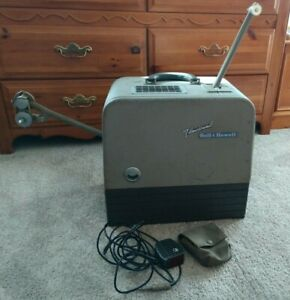 Bell & Howell 16mm Filmosound DES 202 Projector + Speaker + Microphone *WORKS*