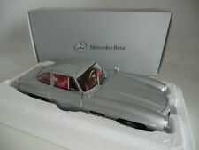 Mercedes - Benz 300 SL Coupe Gullwing W198 silber 1955 1:18 Minichamps Classic
