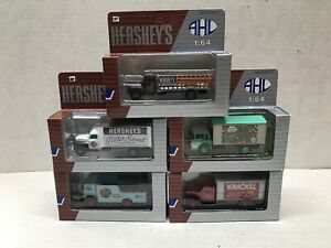 LOT OF 5 1995 HARTOY AHL 1/64 SCALE 'HERSHEY'S' DIECAST TRUCK COLLECTION