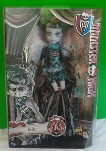 New Boxed Monster High Doll - TWYLA - Freak du Chic