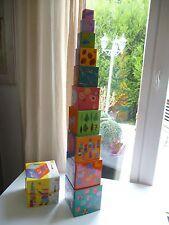 👿  Jouet Empilables 10 Cubes Pyramide Rigolos Djeco