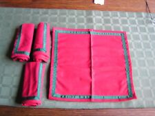 """4 Christmas Cocktail Luncheon Cloth Napkins Red W/Green Trim 10""""x10"""" Square-NEW"""