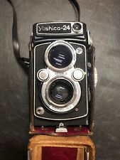 Vintage Yashica 24 TLR Twin Lens Reflex Camera with Carrying Case