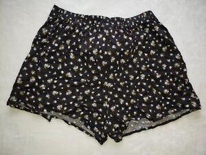 Xhilaration Woman's shorts XL (N)