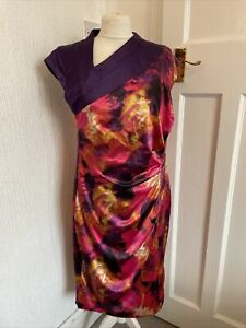 Pepperberry Purple Patterned Satiny Ruched Dress Size 14 Really Curvy