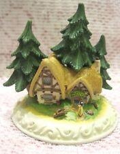Olszewski Disney Showcase Snow White CLEANING HOUSE Miniature DC4 Figurine, MIB
