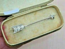 ART DECO ANTIQUE PLATINUM & DIAMOND ARROW JABOT BAR BROOCH / TIE PIN in BOX