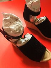 Minnetonka Melrose Bell, Wedges, Black, 9-Women, (71334), NIB, NWT