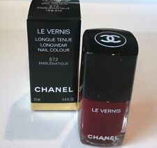 Chanel Le Vernis Velvet Nail Colour Color 572 Emblematique 13ml Nib Full Size