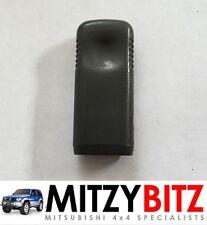 Mitsubishi Montero Shogun MK2 GRIS PUERTA presión bloqueo Tirando Control