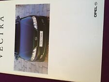 Catalogue brochure Katalog Prospekt OPEL VECTRA ANNEE 1999 36 PAGES