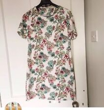 Floral White Structured a-line Dress Size 8