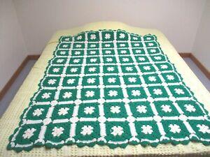 """SOFT Vtg Granny Square Afghan Crochet Throw Blanket 66""""×42"""" Green & White"""