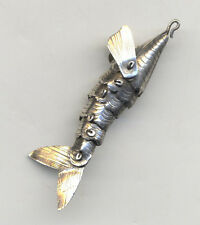 Vintage sterling ARTICULATED FISH charm with MOVING FINS 3-D detailed