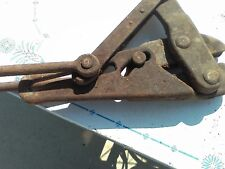 Vintage heavy Duty Commercial Cable Clamp Wire Puller Farm Tool Spring Loaded