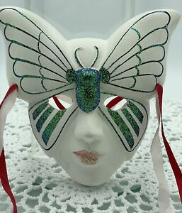 Vintage Decorative Face Mask, Butterfly Wall Art, Excellent Condition #20