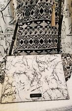 Pied A Terre Shoulderbag, Crossbody, New without tags. Marble like pattern.