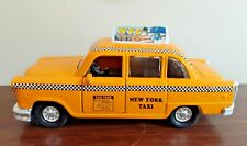 SHING FAT HUIYANG 1501 NEW YORK TAXI CAB CAR STATUE OF LIBERTY PICTURE ON TOP
