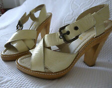 Ladies NEXT Strappy court shoes in cream patent leather size U.K.5 (Eur 38)