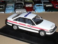Vanguard VA14001 Vauxhall Carlton MK2 2.6L South Wales Police Force  NEW