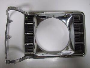 75-77 Ford Granada RH Headlight Headlamp Door Grille Bezel USED