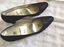 BRUNO MAGLI Black Geometric Pattern Leather HEELS Size 9 AAA ~ Italy