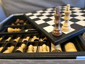 Renzo Romagnoli Chess Board