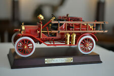 FRANKLIN MINT 1916 Ford Model T Fire Engine 1/16 scale diecast