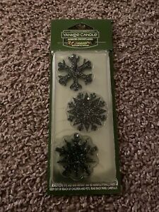 Yankee Candle Scented Snowflakes 3-pack Balsam & Cedar Fresh, Crisp New