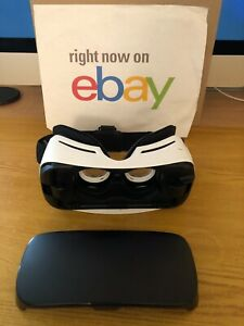 Samsung Gear VR Virtual REALITY Headset ONLY Power by Oculus CA02