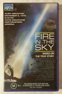 Fire in the Sky VHS 1993 Biopic/Sci-Fi Robert Lieberman Paramount / CIC Video