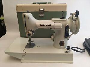 SINGER 221K White w/ Light Green Hue Featherweight Sewing Machine & Case 1964