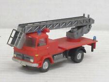 Mercedes-Benz LP 1317 Hebebühne rot, ohne OVP, Wiking, 1:87, Umbau zur Feuerwehr