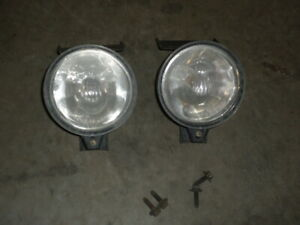 98 02 Trans Am Firebird PAIR FRONT FOG LIGHTS Lamps w BRACKETS 99 TA Ws6 LS1 GM