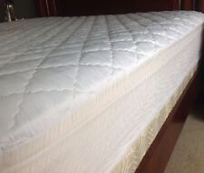 Mattress Bed Pad Cover Quilted Soft White King. New