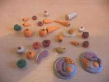 HAND MADE DOLLS HOUSE FURNITURE MINIATURE FOOD KITCHEN cakes fruit plates f