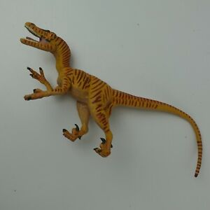 Velociraptor Safari 1993 Vintage Dinosaur Action Figure Toy